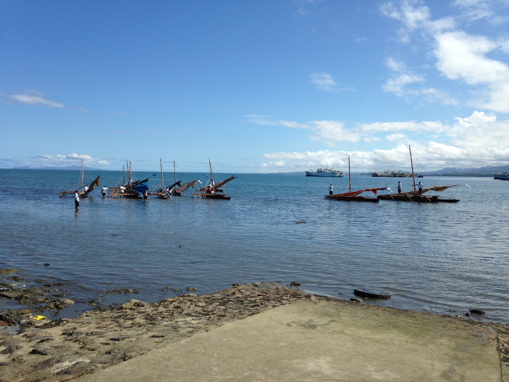 traditional_Fijian_canoe_races